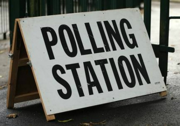 polling-station-900x500
