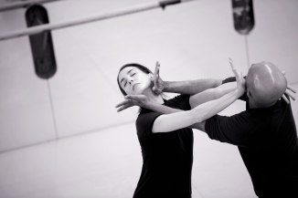 Tamara Rojo and Akram Khan rehearsing Giselle (c) Laurent Liotardo (1)