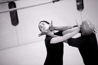 Tamara Rojo and Akram Khan rehearsing Giselle (c) Laurent Liotardo (1)