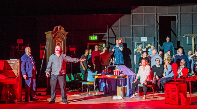 A scene from Pagliacci and L'Enfant et Les Sortileges by Opera North @ Grand Theatre, Leeds (Opening 16-09-17) ©Tristram Kenton 07-17 (3 Raveley Street, LONDON NW5 2HX TEL 0207 267 5550 Mob 07973 617 355)email: tristram@tristramkenton.com