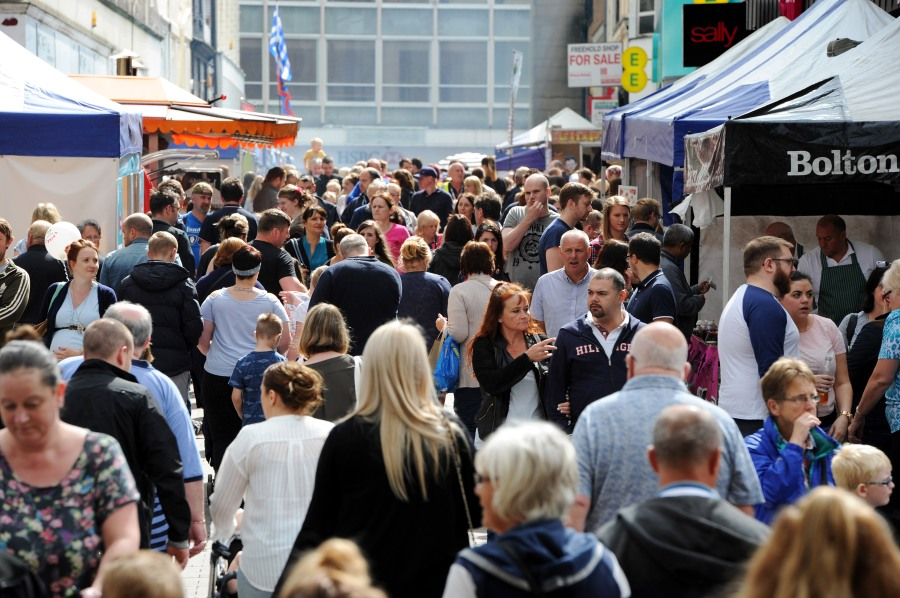 Crowd at Bolton Food and Drink Festival 2016