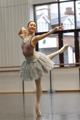 Miki Mizutani rehearses Princess Aurora in The Sleeping Beauty; photo Gabriel Anderson