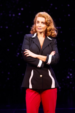 4. 9 TO 5 THE MUSICAL. Louise Redknapp 'Violet Newstead'. Photo Simon Turtle